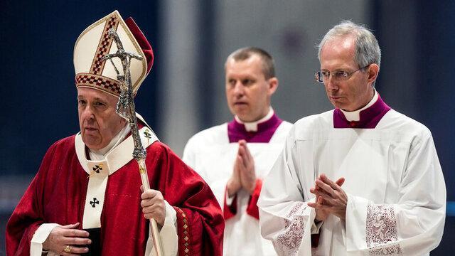 پاپ خواستار برقراری آتش بس فوری در سراسر دنیا شد
