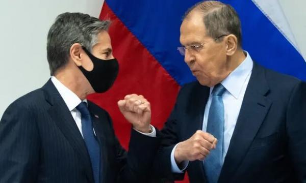 اولین رویارویی لاوروف و بلینکن و تاکید بر حل اختلافات روسیه-آمریکا