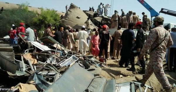 (تصاویر) تصادف مرگبار دو قطار مسافربری در پاکستان